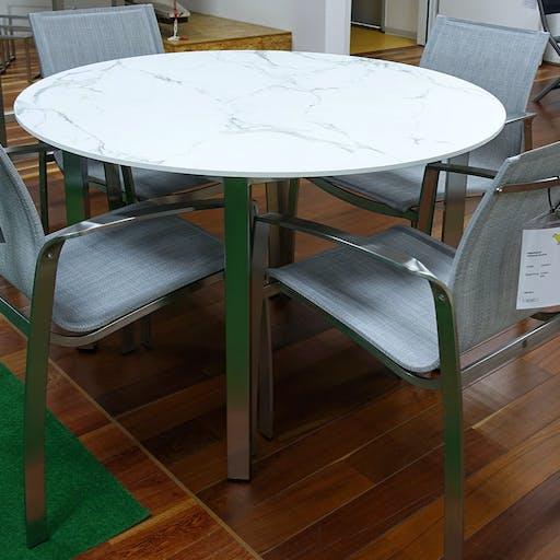 Runder Tisch ø 120 cm