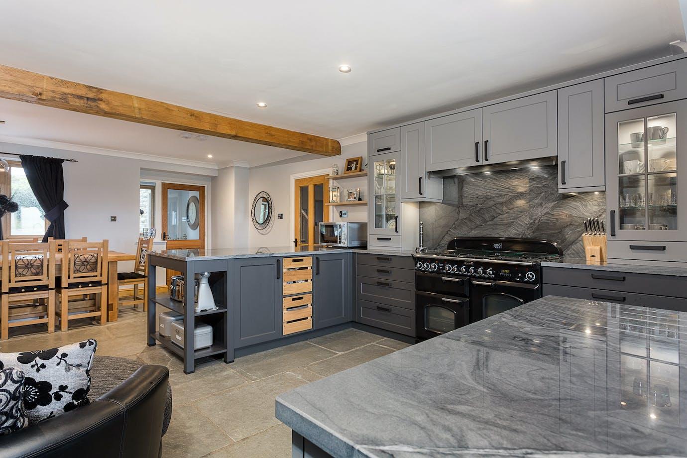 Lava Black and Agate Grey kitchen
