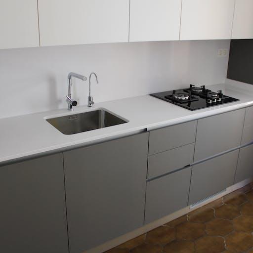 Reforma de muebles de cocina, electrod. y encimeras