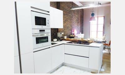 Cocina abierta con barra en Bilbao