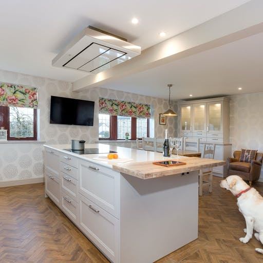 Traditional Schuller Kitchen