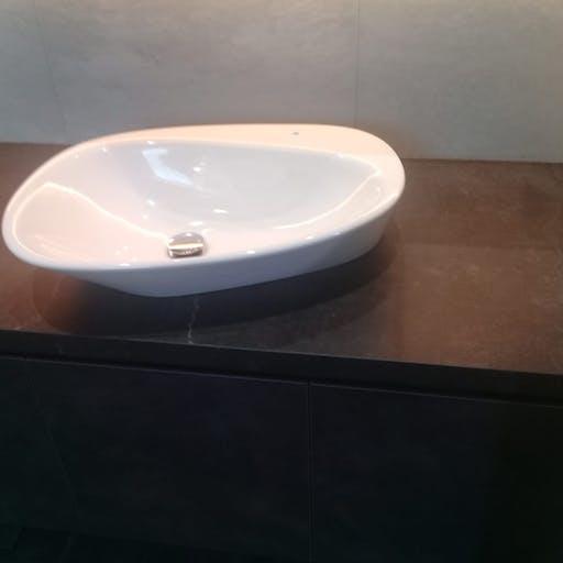 Dekton Bathroom Top