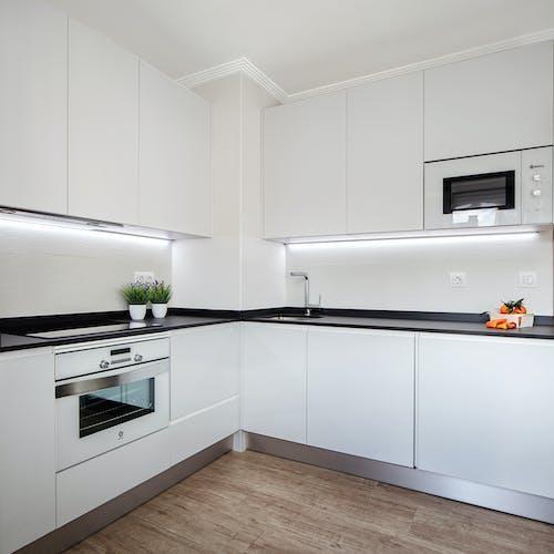 Image of cocina con encimera en dekton domoos in Bekleidungen - Cosentino