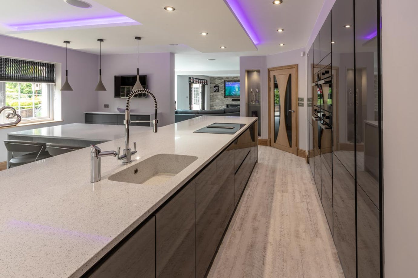 GREY GLOSS MODERN KITCHEN IN SHEFFIELD BY CONCEPT INTERIORS.