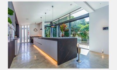Colliers Kitchen - Residential Kitchens Kelya